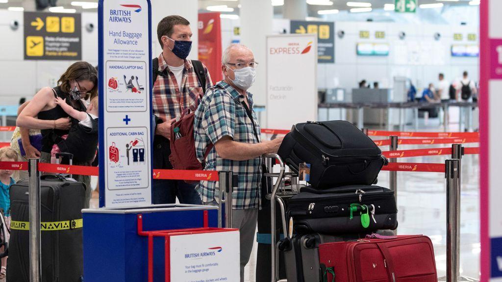 Reino Unido recomienda a sus ciudadanos no viajar a Canarias y Baleares