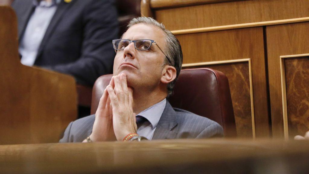 La Fiscalía considera que Ortega Smith pudo incurrir en un delito de odio por sus palabras contra las Trece Rosas