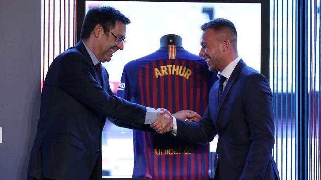 Arthur se declara en rebeldía y no se presenta en Barcelona: no quiere jugar más con los culés tras ser traspasado a la Juve