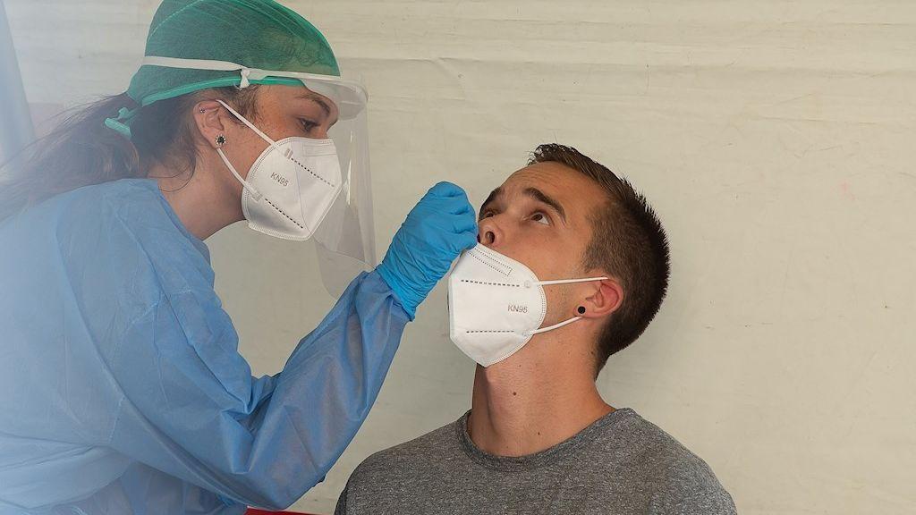 Solo 14 jóvenes de Mendillorri de los más casi 1.500 a los que se les ha hecho la prueba han dado positivo por coronavirus