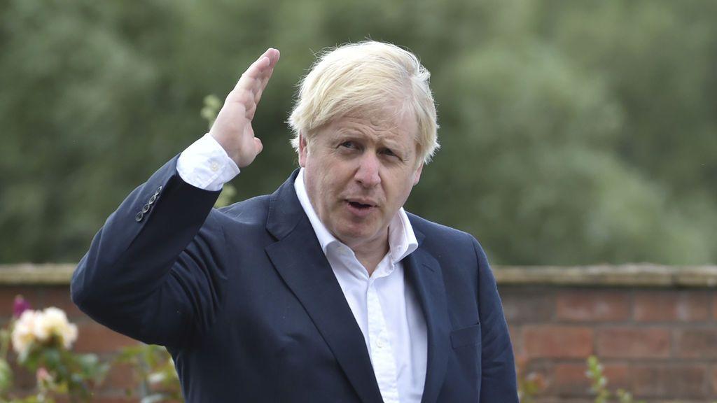 """Boris Johnson responde a Sánchez y alude a """"señales de una segunda ola"""" en España"""