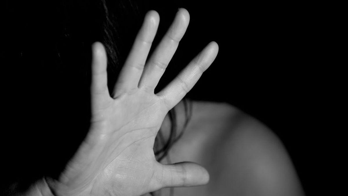 Una joven iraní es asesinada presuntamente por su tío tras relatar el abuso al que le sometió