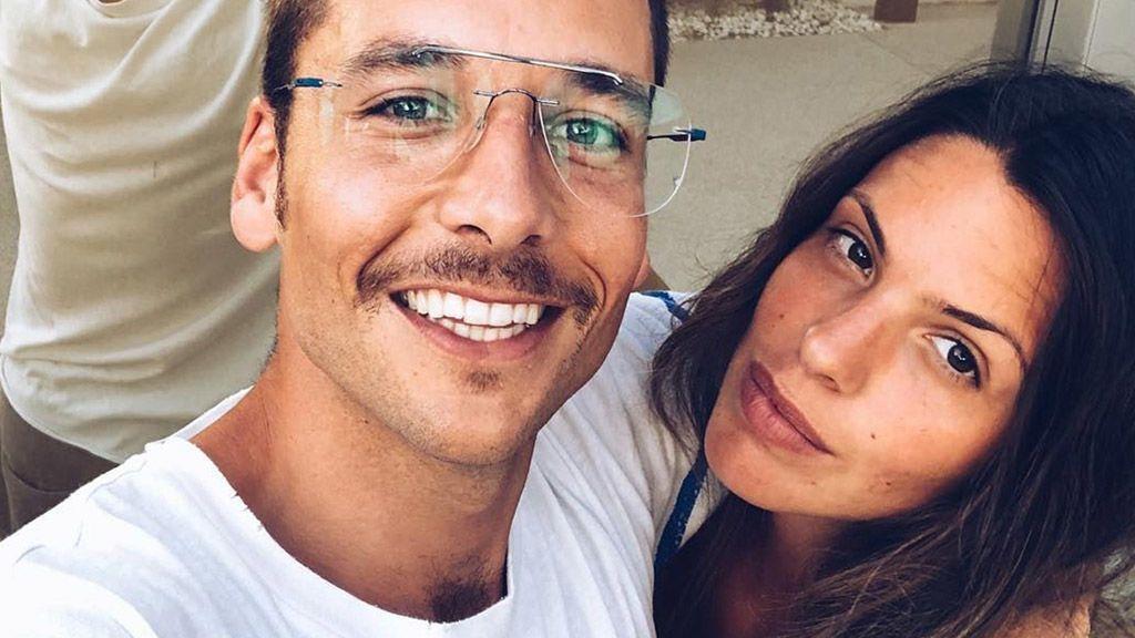 """Benji Aparicio posa con Laura Matamoros y le declara su amor: """"Sin filtros"""""""