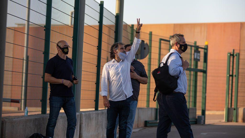 """""""Es la venganza del Estado frente al independentismo"""": el mensaje de los condenados por el 'procés' al volver a Lledoners"""
