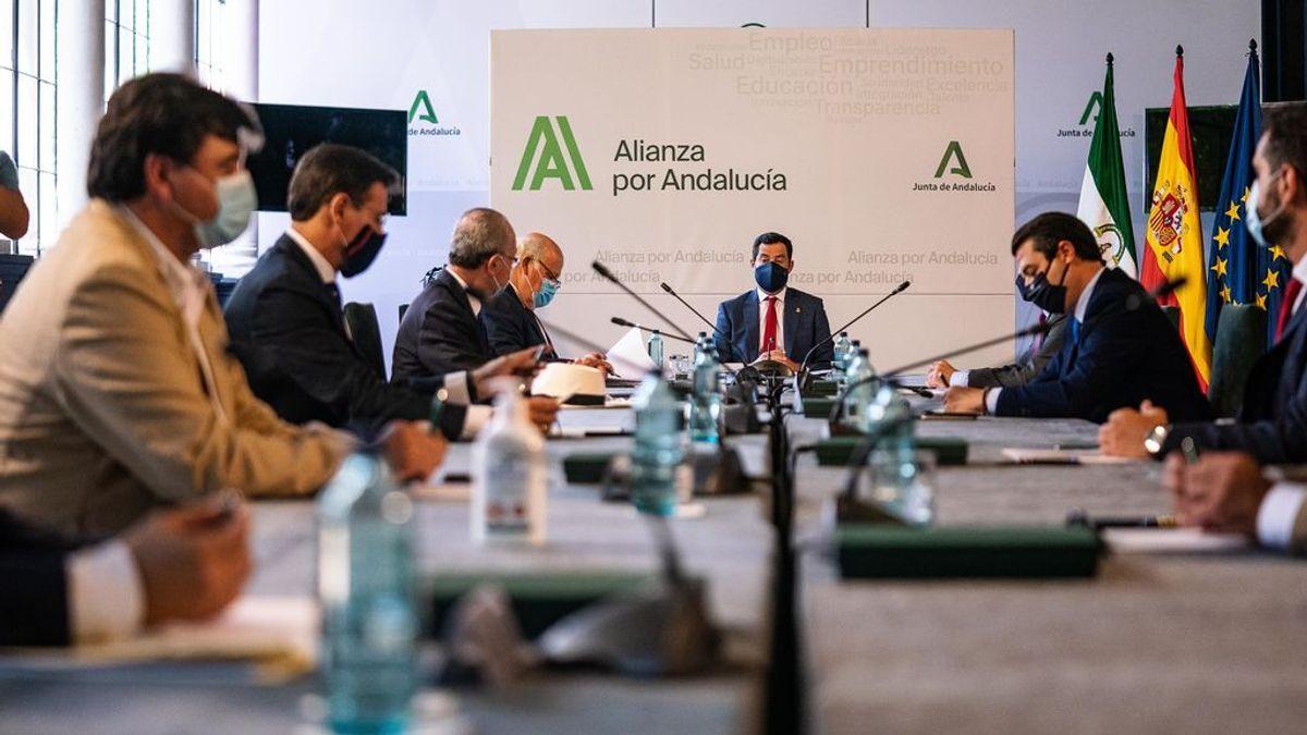 Andalucía confirma su coto al ocio nocturno: no a las barras, sí a las mesas y sillas y limitación horaria