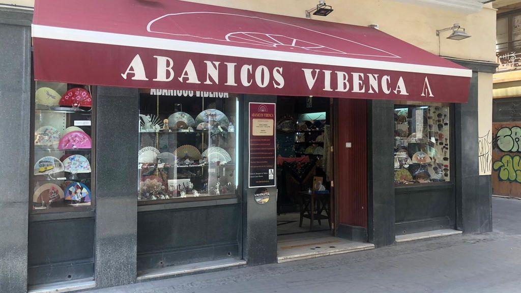 Abanicos  Vibenca, en la calle Sombrería cerca de la plaza Lope de Vega.