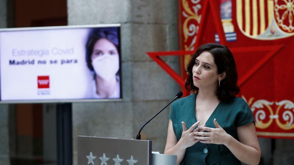Madrid anuncia la obligatoriedad de la mascarilla y la creación de una 'cartilla Covid'