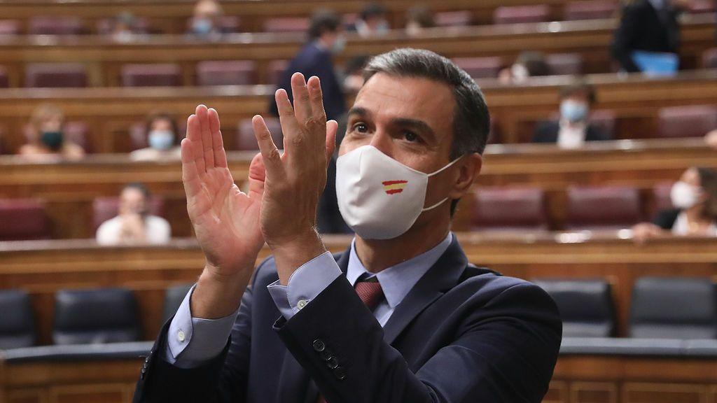 Sánchez y Abascal: la pinza que Casado no esperaba