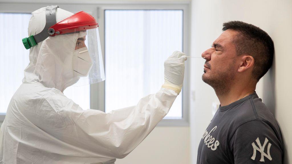 Última hora del coronavirus: España supera el millar de contagios con 1.153 en las últimas 24 horas