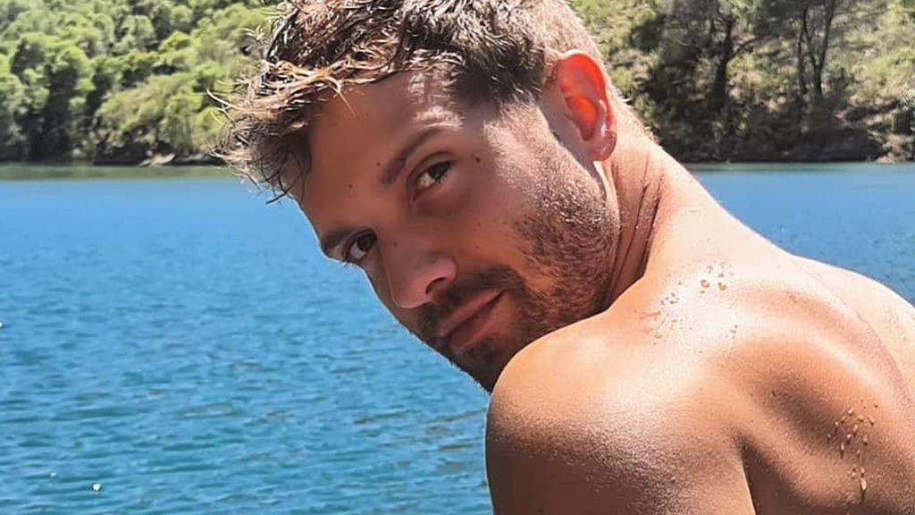 """Pablo Alborán decide mostrar su torso sin camiseta y sus fans aplauden el gesto: """"Un dios griego"""""""