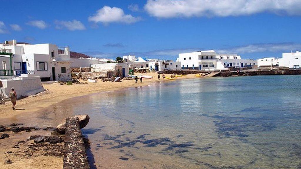 La Graciosa se contagia de coronavirus por primera vez:  Detectan el primer caso de Covid-19 en la isla
