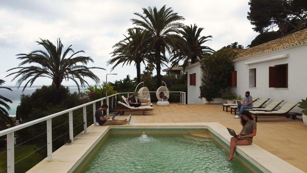 La mejor opción para teletrabajar: Una villa exlusiva frente al mar en Zahara de los Atunes