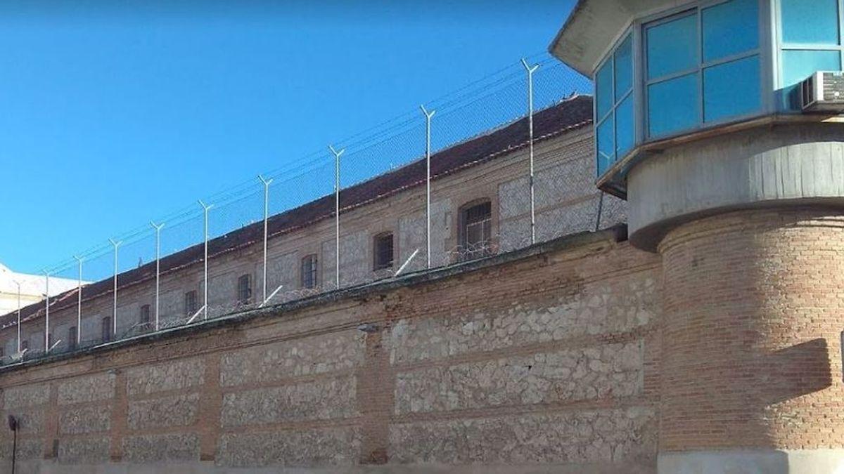 El doble confinamiento de 100 presos de la cárcel de Ocaña I: encerrados en sus celdas por un caso positivo
