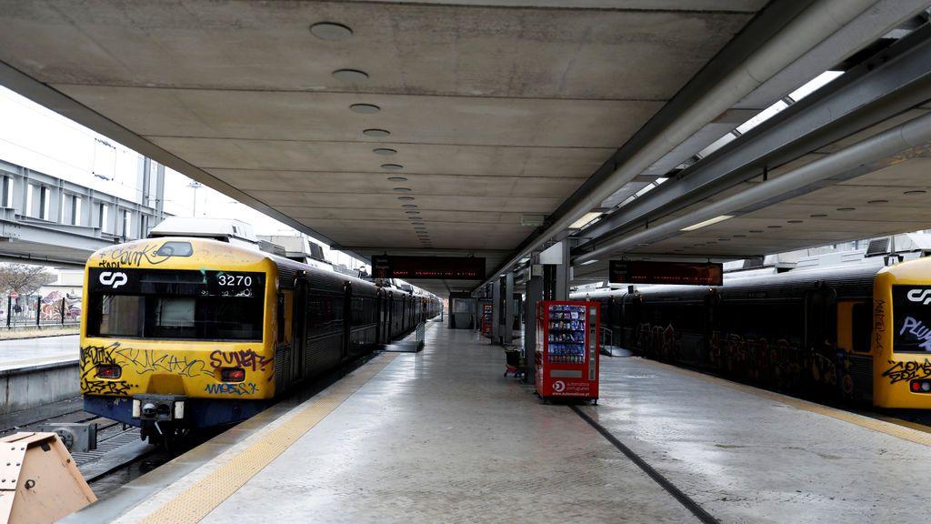 Al menos 2 muertos y 50 heridos en un accidente de tren en Portugal