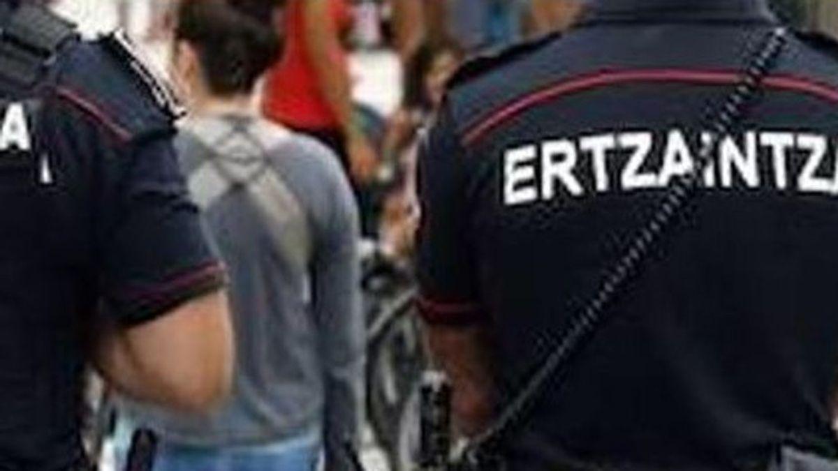 Cierran una comisaría de la Ertzaintza en Bilbao al detectarse  varios casos de  Covid-19 entre los agentes