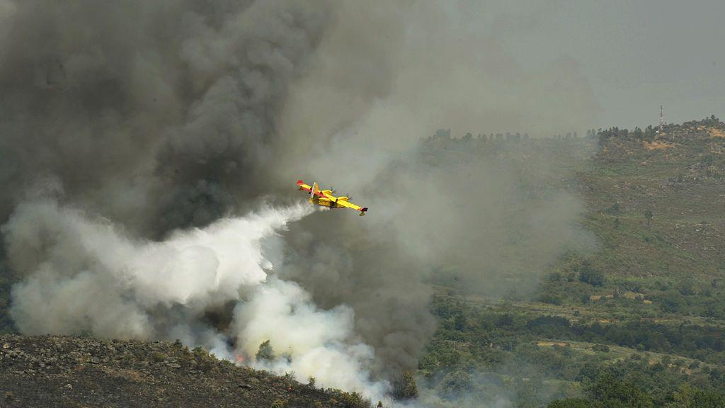 El incendio de Cualedro en Ourense supera ya las 1.500 hectáreas y se convierte en el mayor de Galicia de 2017