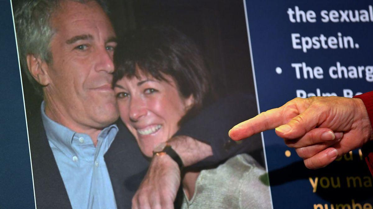 Salen a la luz documentos secretos sobre Ghislaine Maxwell, la cómplice del depredador sexual Jeffrey Epstein