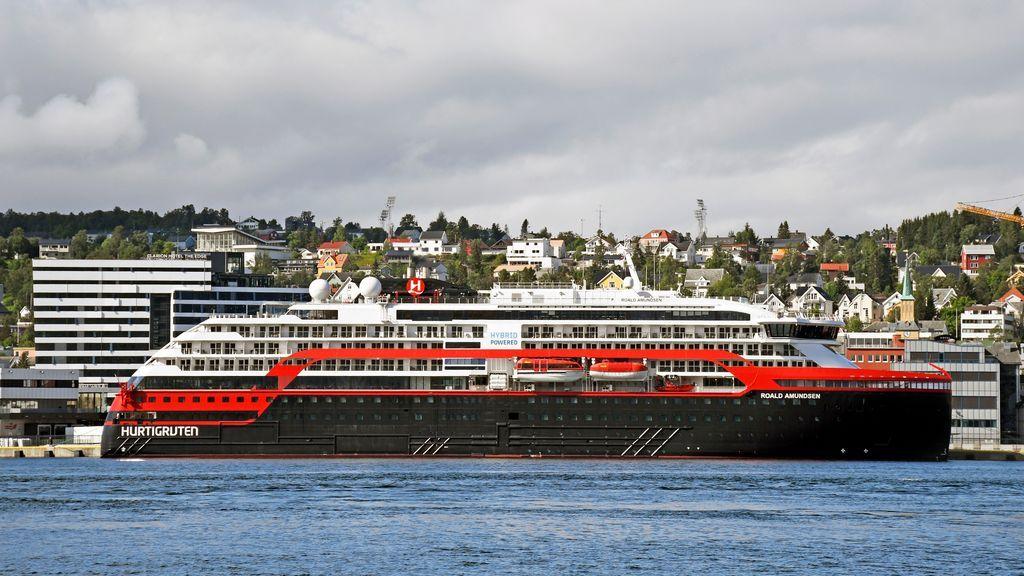 Dan positivo de COVID-19 33 miembros de la tripulación de un crucero noruego