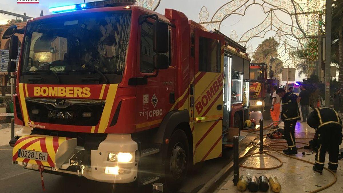 Desalojan a 160 personas en el incendio de un balneario en Orpesa (Castellón)
