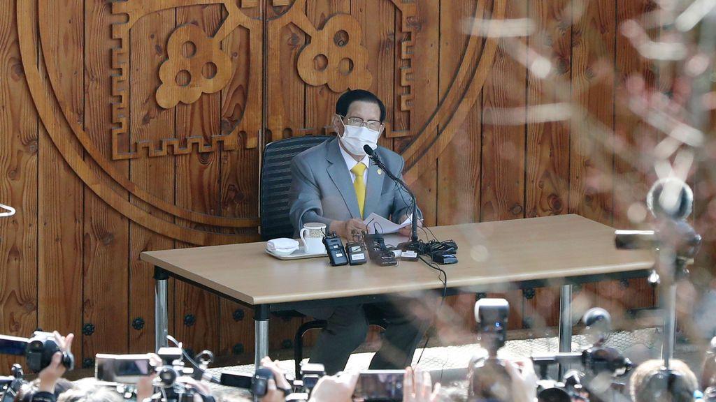 Detenido el líder de una secta religiosa vinculada a los primeros casos de coronavirus en Corea del Sur