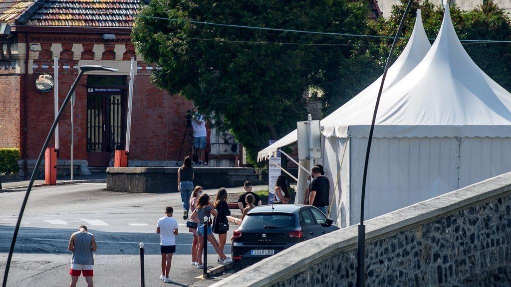 Euskadi registra 200 nuevos casos positivos: el brote de una discoteca en Bilbao ya suma 12 contagios