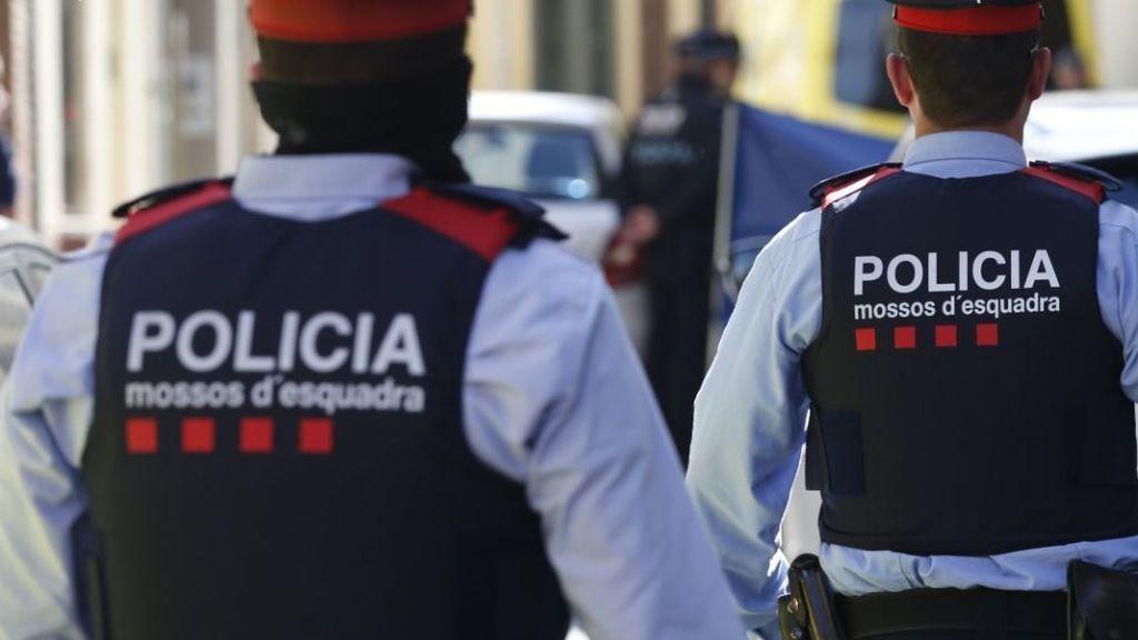 Detenido en Barcelona por retener durante tres días a su expareja: la agredió y la violó en repetidas ocasiones