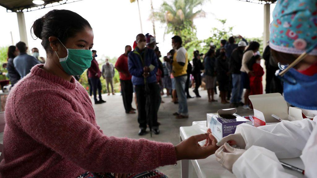 Brasil alcanza los 2,7 millones de contagios tras registrar más de 45.000 casos en un día