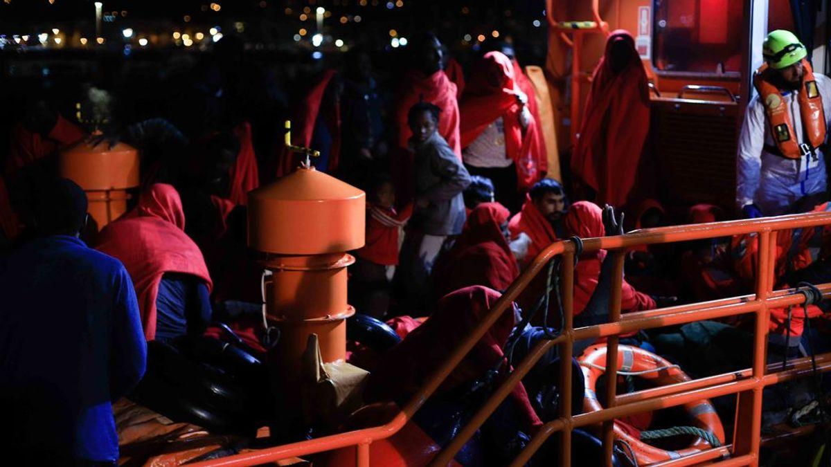 Más de 400 migrantes han llegado en patera a las costas este fin de semana, con un fallecido en Almería