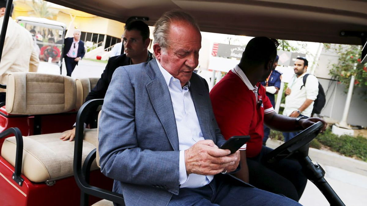 Juan Carlos I garantiza que seguirá a disposición de la Fiscalía aunque traslade su residencia fuera de España