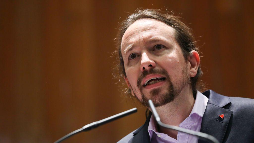 """Unidas Podemos reclama la república tras la """"huida"""" de Juan Carlos I"""