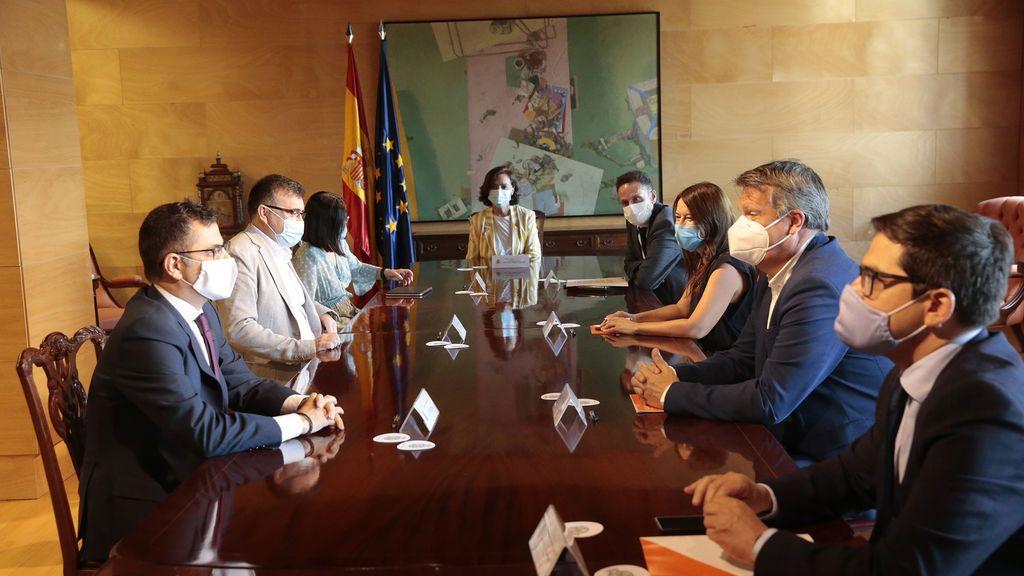 Reunión en el Congreso de la vicepresidenta Calvo con Ciudadanos