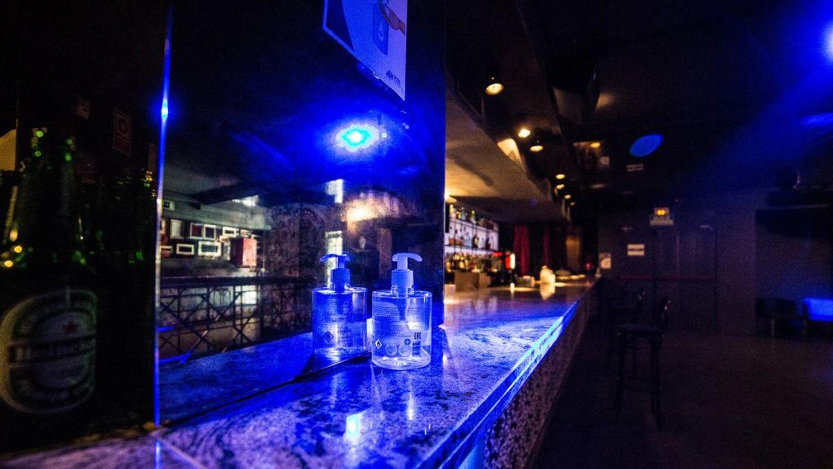 Los pubs vuelven a abrir en Gandía sin éxito.