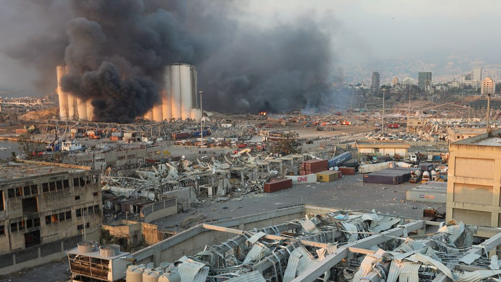 Las imágenes de la potente explosión en Beirut