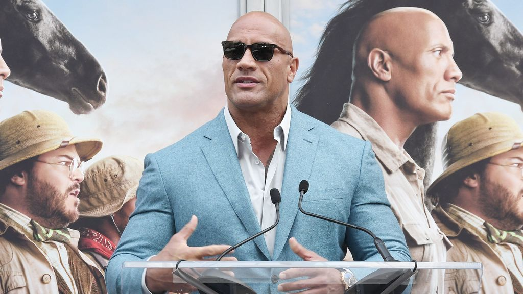 Dwayne Johnson, de la lucha libre y el cine al fútbol americano: compra la liga XFL por 15 millones de dólares