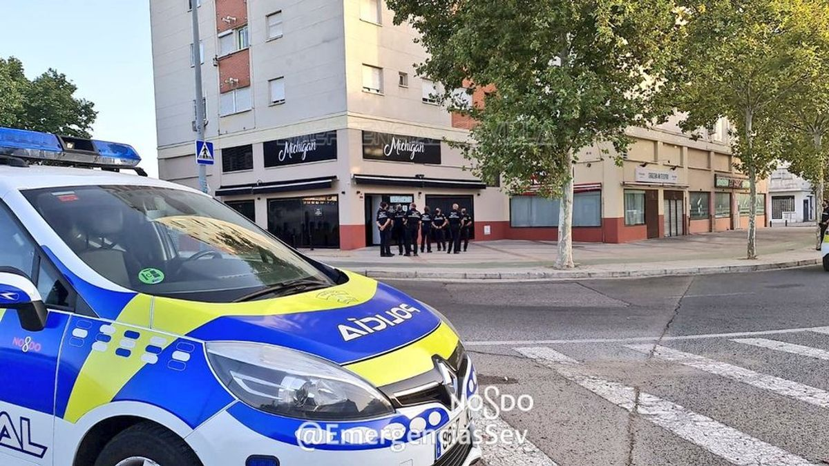 Detenido en Sevilla por intentar agredir a su expareja y sufrir un infarto