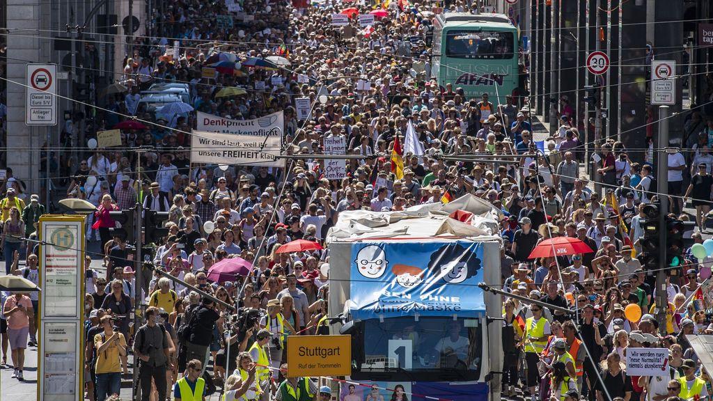 La política alemana se pone dura con los 'negacionistas' de la pandemia tras la manifestación de Berlín