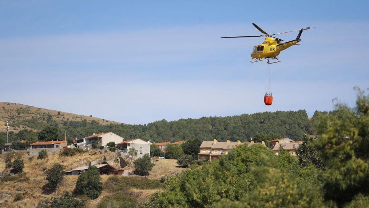 Los bomberos de la Comunidad de Madrid dan por controlado el incendio forestal de Robledo de Chavela