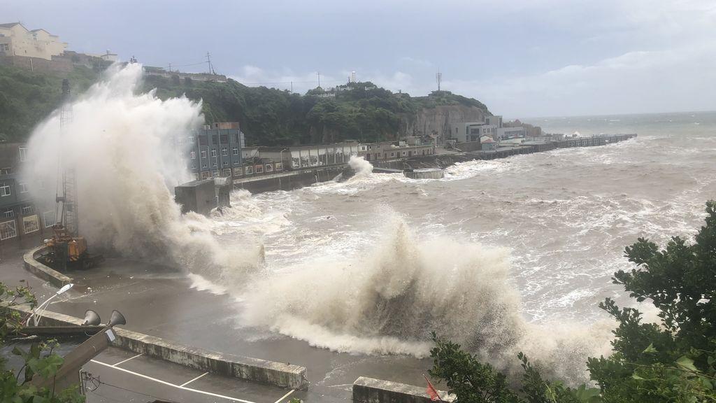 Tifón Hagupit: al menos 380.000 personas desalojadas en el este China