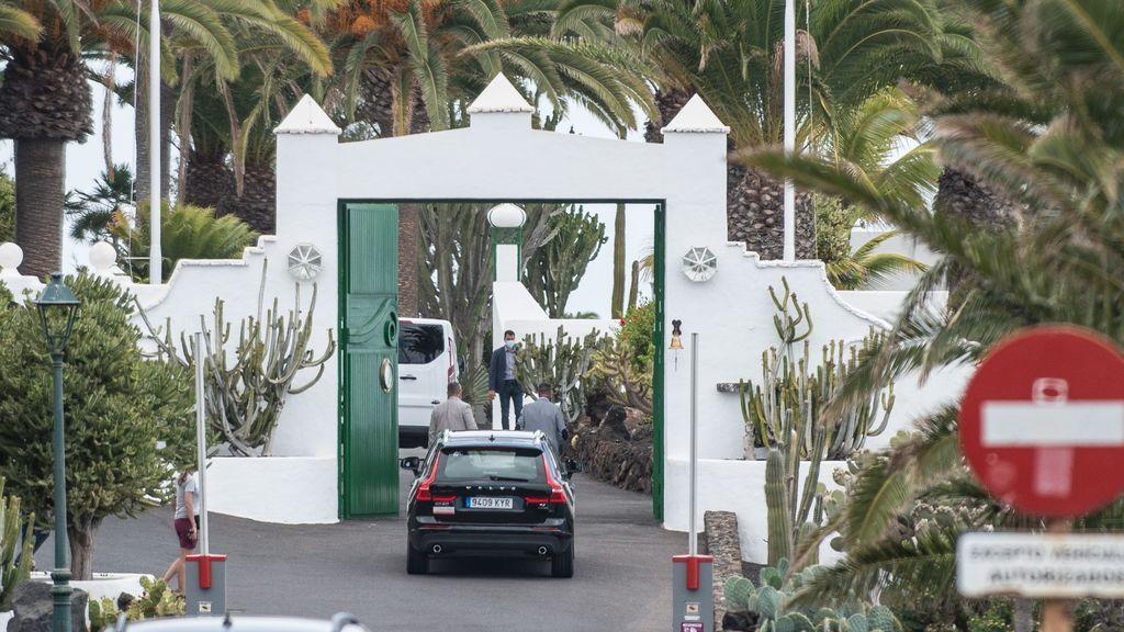 Pedro Sánchez se relaja en Lanzarote en una finca cedida a Juan Carlos I por el rey de Jordania