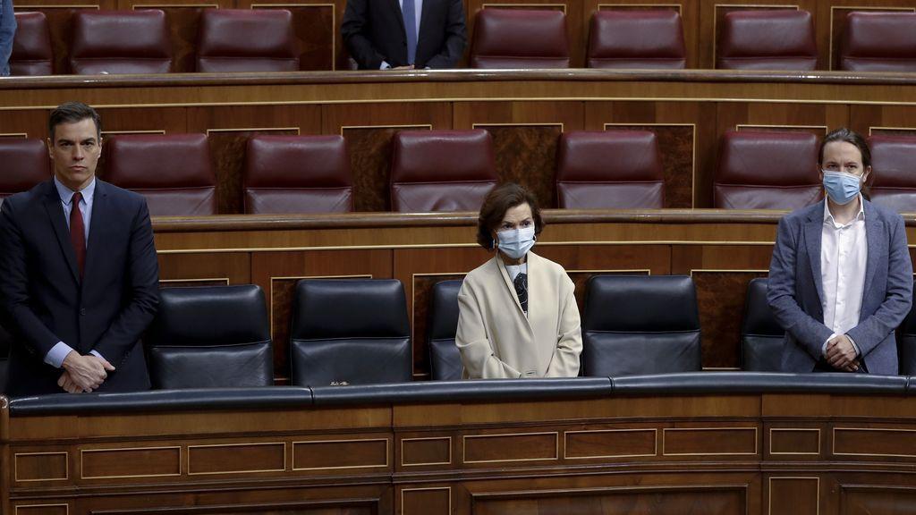 """Podemos señala un culpable: acusa a Calvo de hacer """"cómplice"""" al Gobierno de la """"huida"""" del rey emérito"""