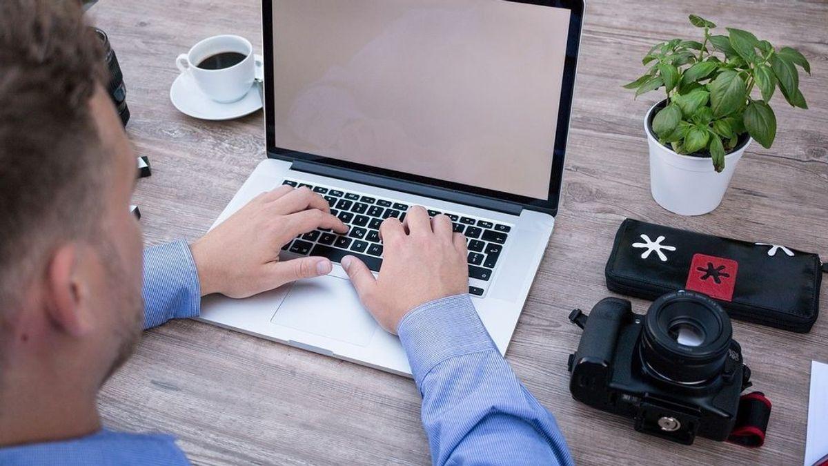 El teletrabajo dificulta la desconexión: el 67% atiende llamadas fuera de su horario