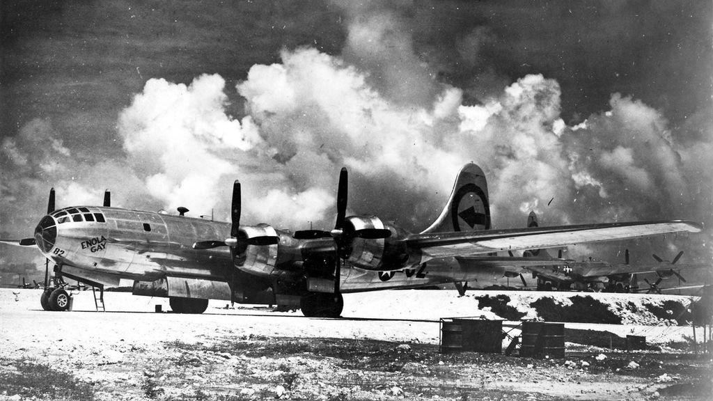 El Enola Gay, comandado por Paul Tibbets, fue el avión desde el que se lanzó la bomba atómica sobre Hiroshima.