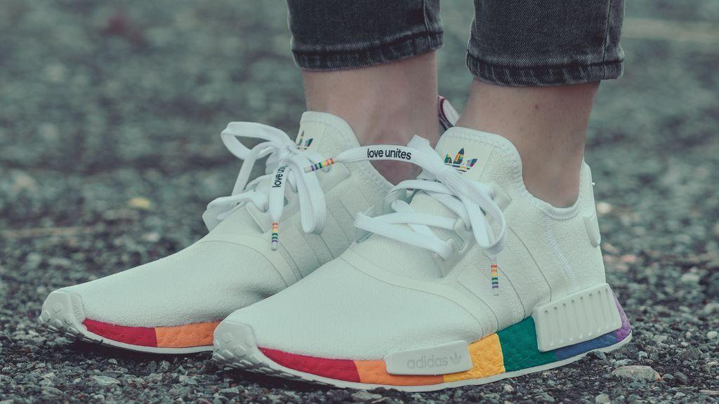 ¿Cómo limpio mis zapatillas blancas? Trucos infalibles para que queden como nuevas
