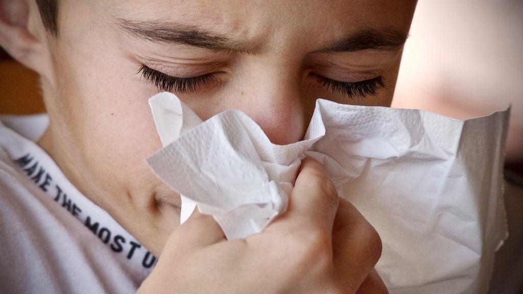 Los virus del resfriado común podrían protegernos del coronavirus, según los científicos
