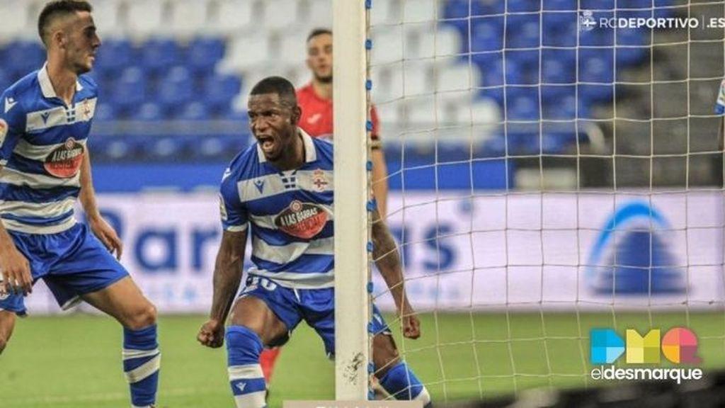 Beauvue celebra su gol en el Deportivo-Fuenlabrada