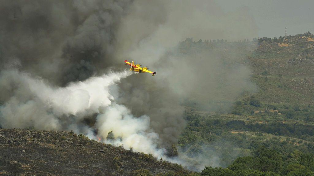 Un hidroavión que trabajaba en la extinción del incendio de Lobios, Ourense, sufre un accidente