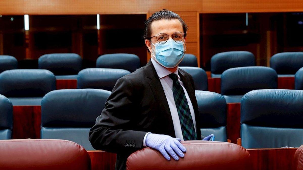 """Madrid acusa a Fernando Simón de ser """"un político, no un científico"""", sin """"ninguna credibilidad"""""""