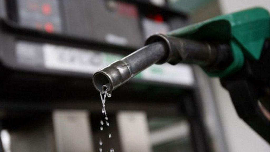 Grandes diferencias de precio en la gasolina y el diésel en las principales rutas de vacaciones, según constata la OCU