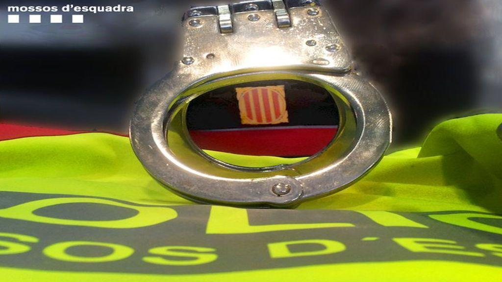 Agresión homófoba a una pareja con una barra de hierro en Barcelona