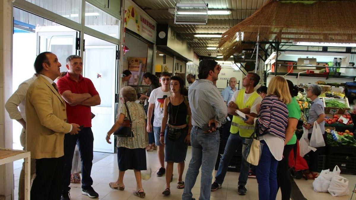 Cierran un mercado de Sevilla por un brote de coronavirus
